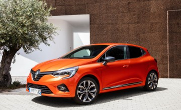 Renault makes new Clio so oh la la