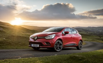 Renault offers new top range Clio