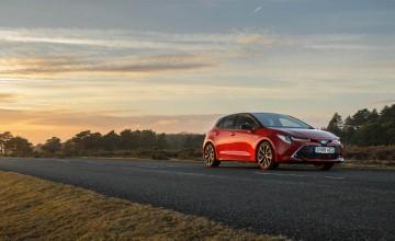Toyota Corolla Excel 2.0 hybrid