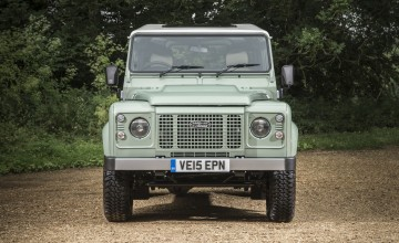 Land Rover Defender Heritage Edition 2015 - Review