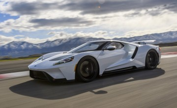 Ford extends GT supercar run