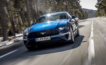 New Mustang gallops in - quietly