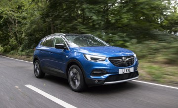 Grand entrance for Vauxhall's big SUV