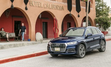 Audi Q5 at the Hotel California
