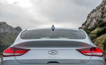 Fastback completes Hyundai i30 range