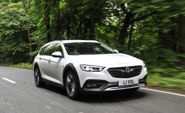 Rugged appeal for Insignia Country Tourer