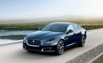 Jaguar XJ50 strikes gold