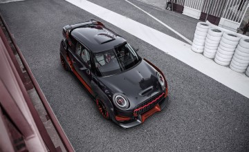 Hot MINI John Cooper Works GP works out in Frankfurt