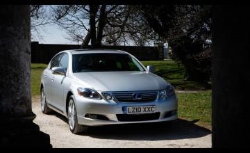 Fresh appeal from Lexus hybrid