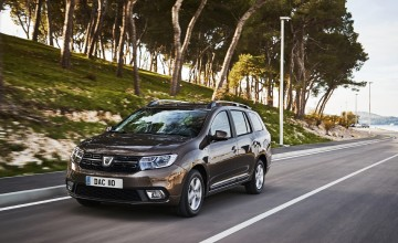 Dacia upgrades Logan and Sandero