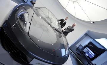 No shortage of money for new McLaren