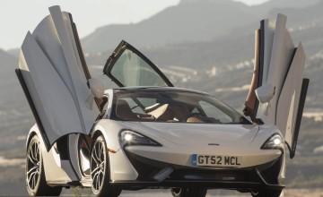 McLaren 570GT - performance with luxury