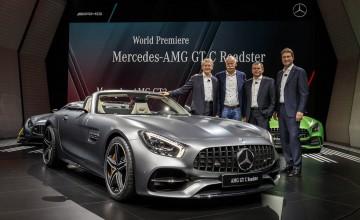 Mercedes-AMG reveals GT Roadster