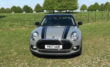 MINI Clubman in the black