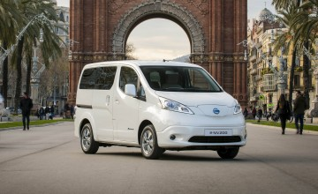Nissan plugs in to power of seven