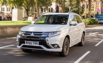 Mitsubishi Outlander on electric charge