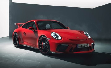 Porsche 911 GT3 heads for the track