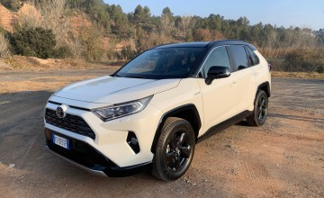 New RAV4 raises the SUV bar