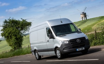 Mercedes Sprinter gets connected