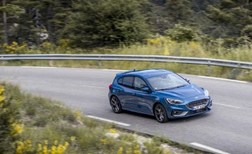 Ford likes it hot with new Focus ST