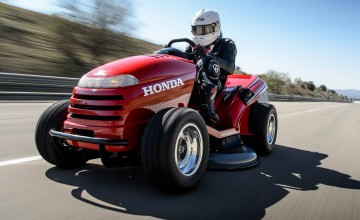 Honda takes mowing to the max