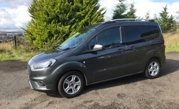 Ford Tourneo Courier 1.0 EcoBoost