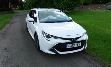 Toyota Corolla Touring Sports Design 2.0 Hybrid