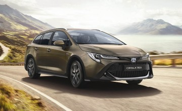 Toyota goes trekking with Corolla estate