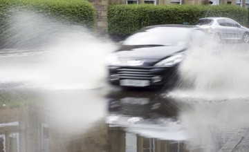 Bad weather prompts tyre safety alert