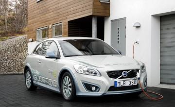 Volvo flicks up the voltage