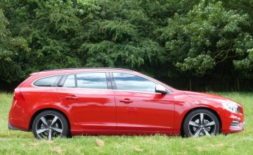 Volvo V60 D5 Twin Engine SE Nav