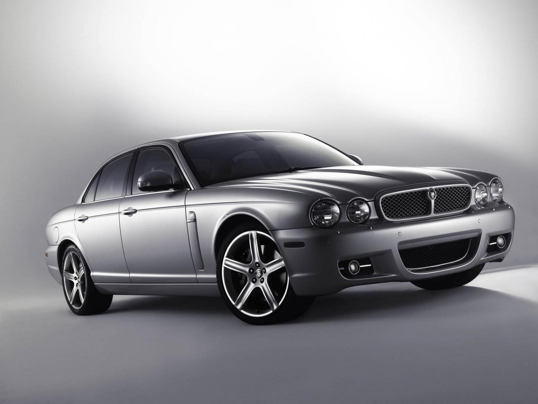 jaguar xj8 used car review eurekar. Black Bedroom Furniture Sets. Home Design Ideas