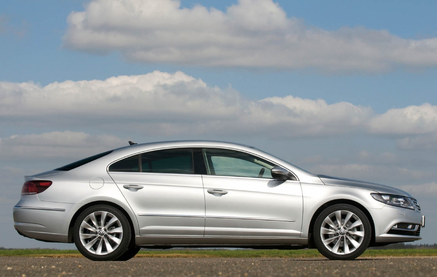 volkswagen cc gt used car review eurekar. Black Bedroom Furniture Sets. Home Design Ideas