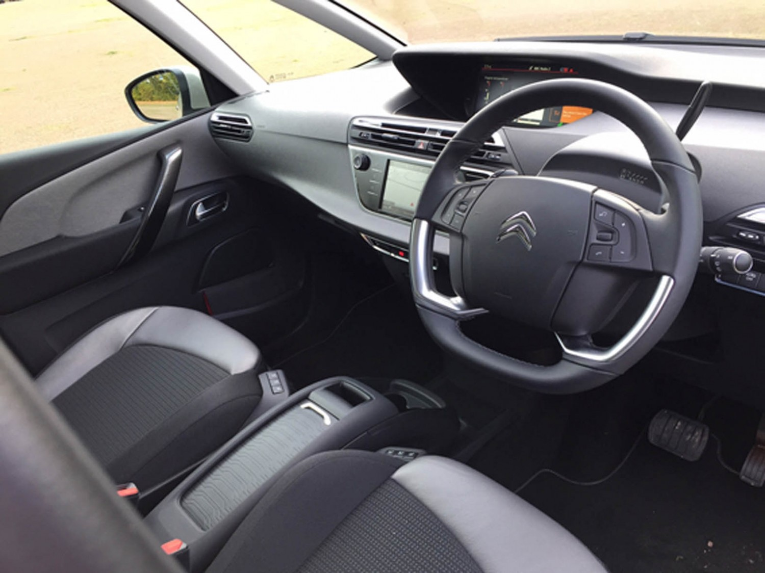 Citroen Grand C4 Picasso Flair BlueHDi 150 | Eurekar
