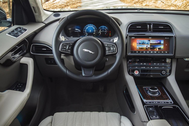 Jaguar F-PACE - First Drive | Eurekar