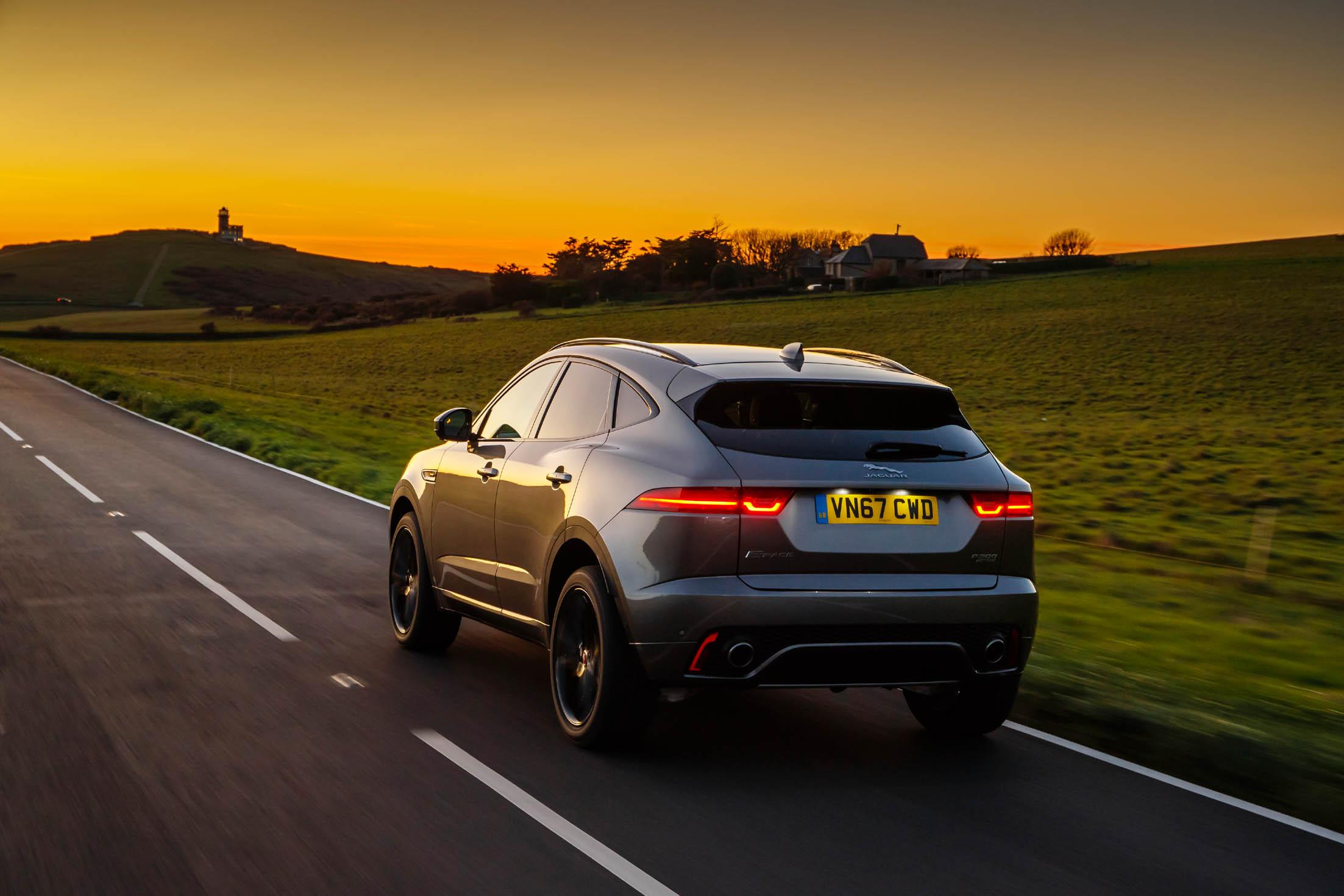 Jaguar E-PACE R-Dynamic SE | Eurekar