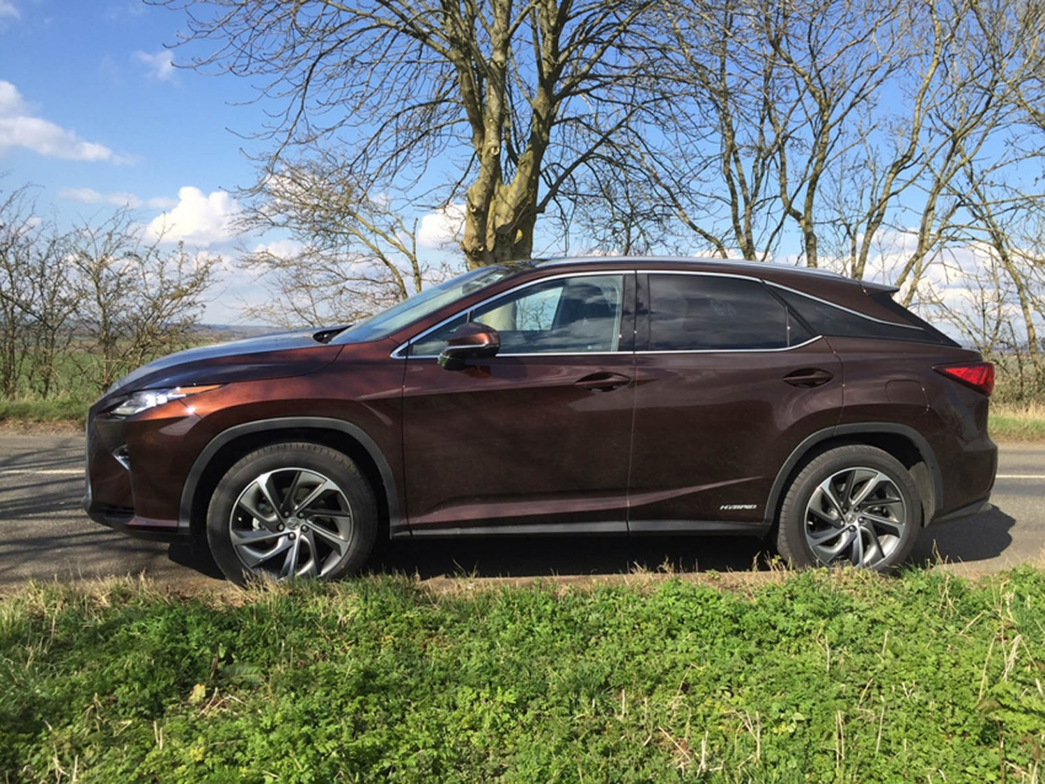 lexus rx essay Humans need not apply is a 2014 short internet video, directed, produced,  written and edited  lexus rx 450h with attachment on top and google logo on  side a lexus rx 450h retrofitted as a self-driving car by google the video  focuses.