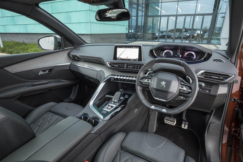 Peugeot 3008 gt line puretech 130 auto eurekar for 3008 gt interior