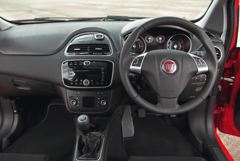 Fiat Punto Used Car Review Eurekar