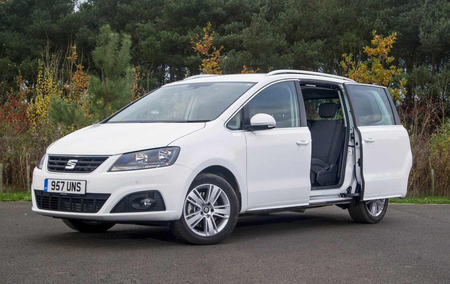 seat alhambra fr line 2 0 tdi eurekar. Black Bedroom Furniture Sets. Home Design Ideas