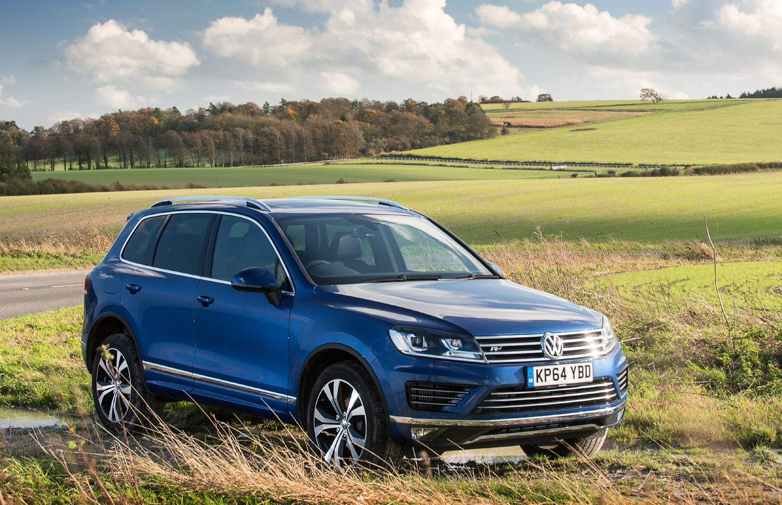 volkswagen touareg used car review eurekar. Black Bedroom Furniture Sets. Home Design Ideas