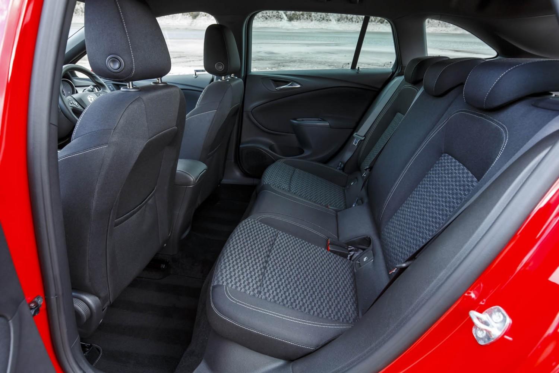 Vauxhall Astra Sports Tourer - First Drive | Eurekar
