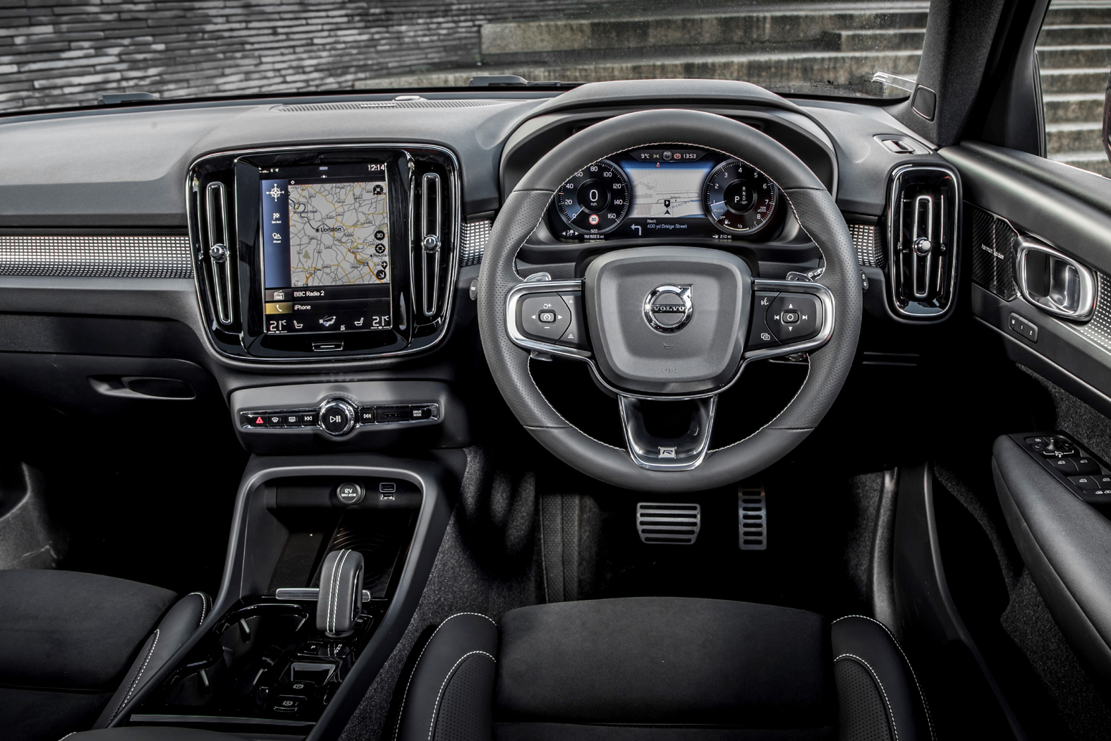 Volvo Xc40 R Design Interior