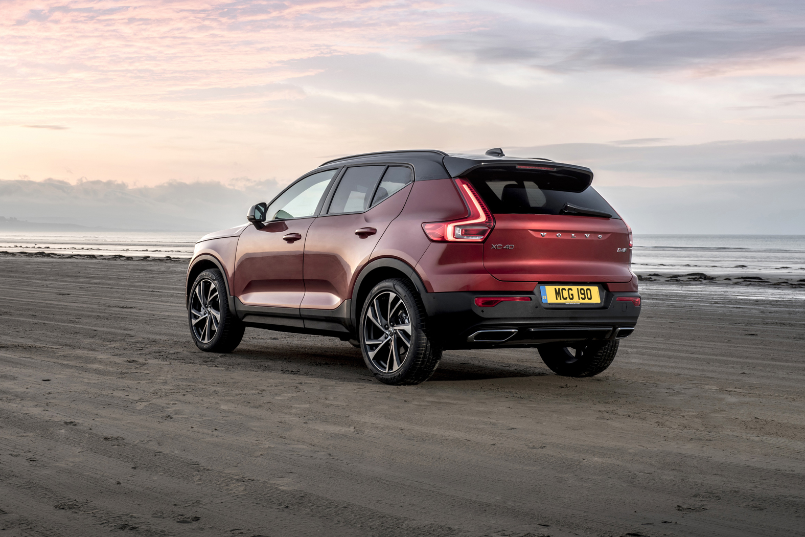volvo xc40 has everything right eurekar. Black Bedroom Furniture Sets. Home Design Ideas