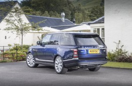 Range Rover, rear quarter