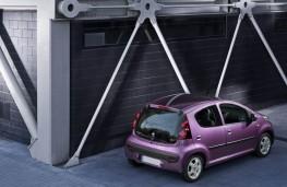Peugeot 107, rear