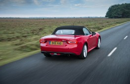 Fiat 124 Spider, rear, action, hood up