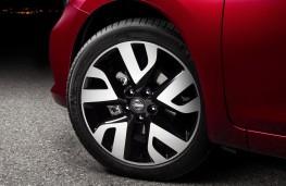 Nissan Pulsar, alloy