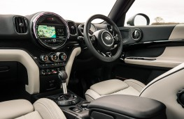 Mini Countryman Cooper S ALL4, interior
