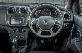 Dacia Logan MCV Stepway, controls